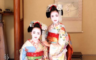 The pretty maiko who came from Australia!