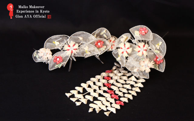 Maiko August Japanese ornamental hairpin (KANZASHI)