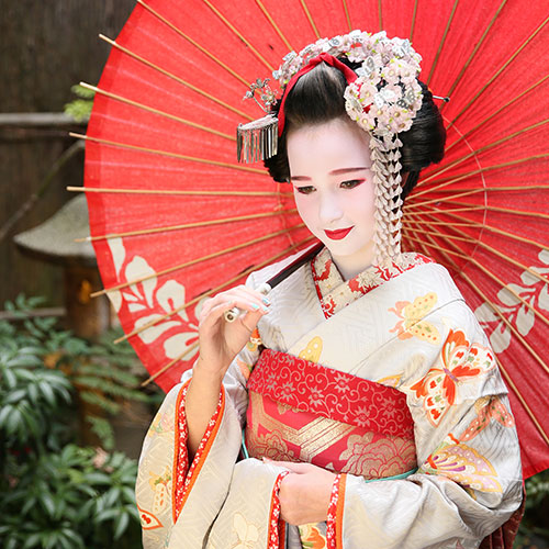 Maiko and Geisha makeover Family Courtyard course